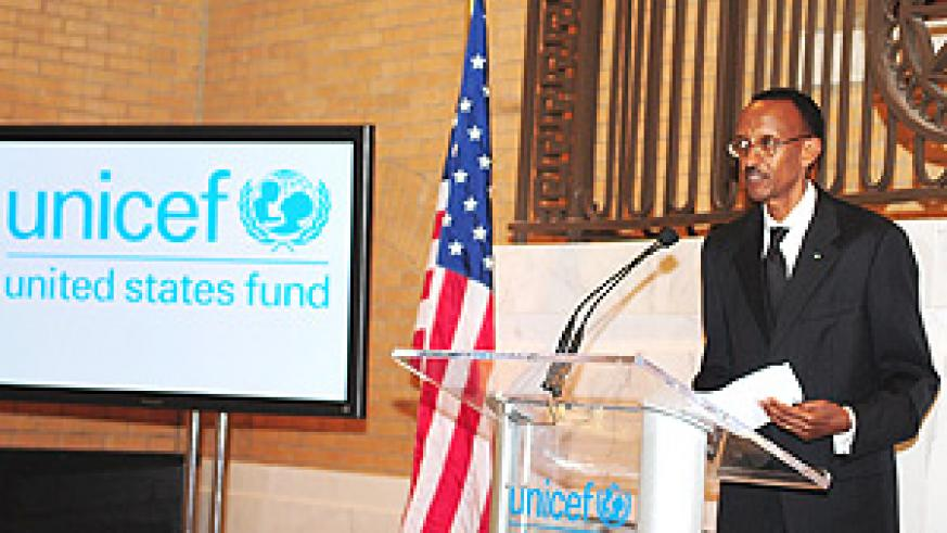 President Kagame speaking after being awarded the US Fund for UNICEF Children's Champion Award. (PPU photo).