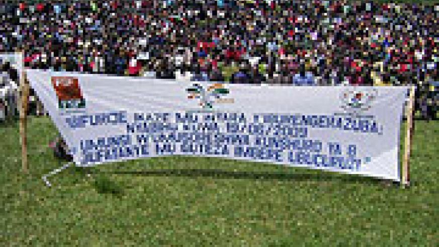 Thousands of taxpayers and residents gathered at Nyabihu stadium to celebrate Tax Payers' Day. (Photo D Ngabonziza)
