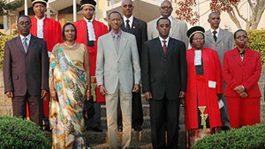 President Paul Kagame  with top Government officials, Judges and MPs who were sworn in. (Photo J Mbanda)
