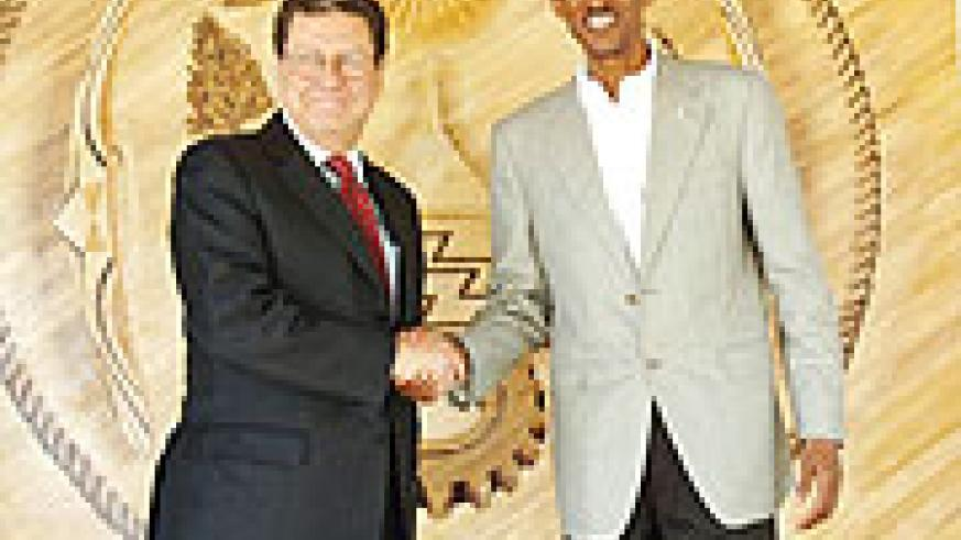 President Kagame with MONUC chief, Allan Doss (PPU photo)