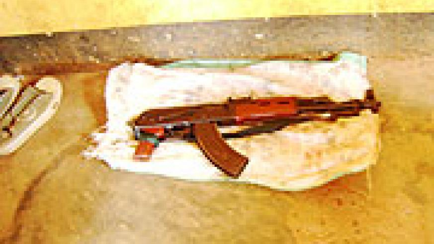 A dangerous automatic weapon(Kalashinikov) that was to carry out the robbery displayed at a police station.