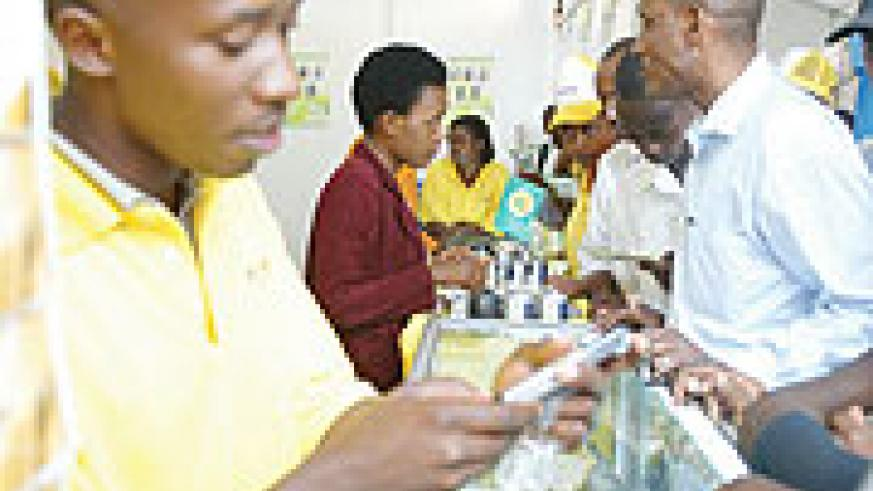 Customers inquiring about MTN product recently. (File Photo)