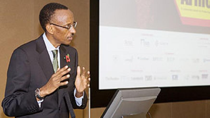 President Paul Kagame addressing the 'Private Equity in Africa' Summit held at the London Stock Exchange. (urugwiro Village photo)