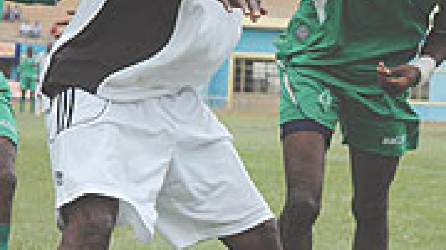 Without their star striker Abbas Rassou (C), APR struggled to hit the target. (File Photo)