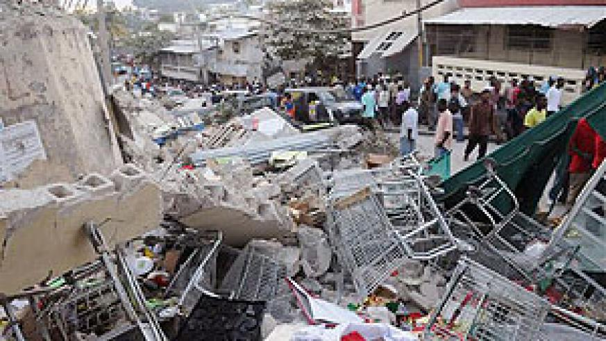 An earthquake in Port-au-Prince, Haiti, Tuesday, Jan. 12, 2010. The largest earthquake ever recorded in the area in 200 years rocked Haiti on Tuesday. The earthquake had a preliminary. (Net photo)