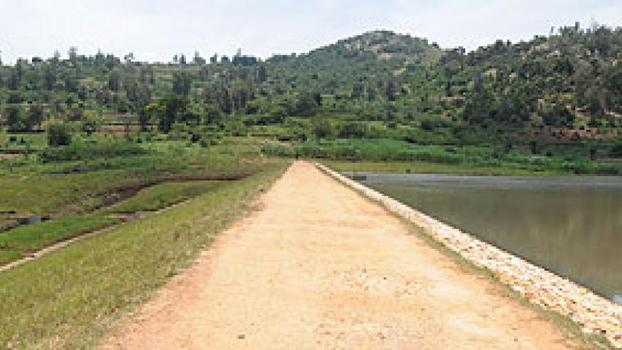 Nyarubogo Irrigation Project in Nyanza visited by President Kagame - the dam, canals and drainage system irrigate 220 hectares of rice fields with potential yield of 1,540 tonnes per year