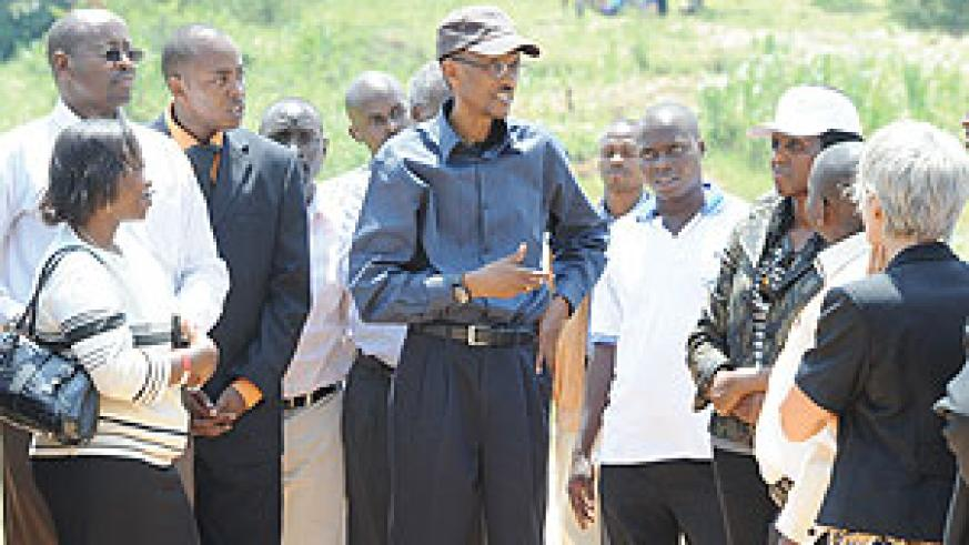 President Kagame - at rice irrigation project