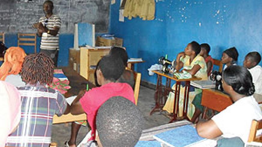 Yes Rwanda official talking to a youth group during the data compilation.(Courtesy photo)