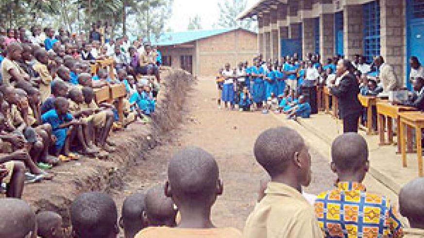MP Uwimananimpaye speaking to Cyabayaga students. (Photo / D. Ngabonziza)