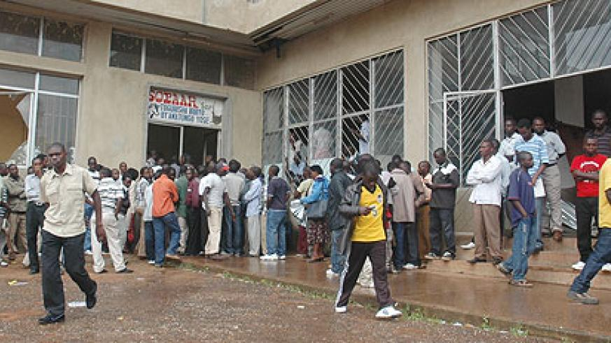 People waiting to renew their Driving permits. (Photo J Mbanda)