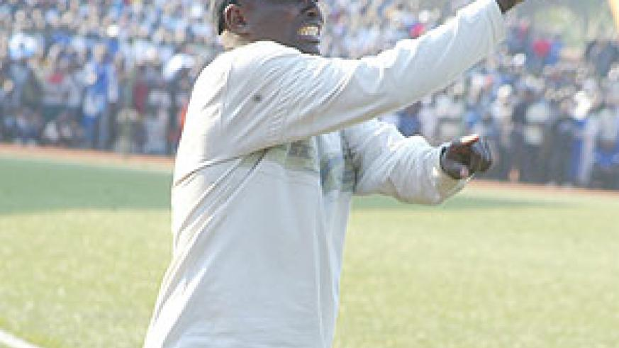 Ntagwabira gestures to his players during a previous league game. Kiyovu are now a point adrift of Rayon. (File photo)