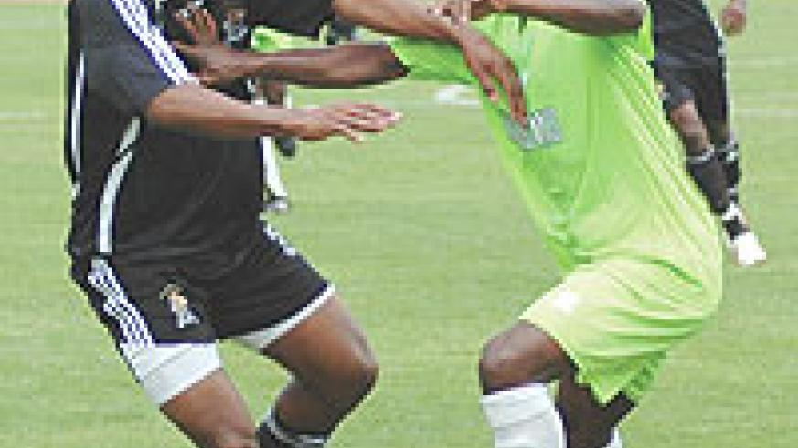 Nyirenda (Left) was one of two APR players sent off during Sunday's Orange Champions League game with TP Mazembe. APR lost 2-0 to exit the competition. (File Photo)