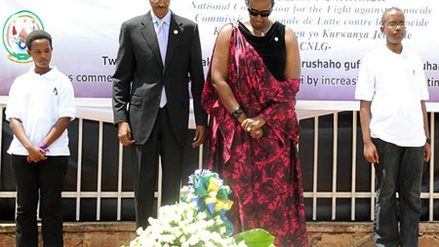 President Paul Kagame and First Lady Jeannette Kagame, pay their respects to Genocide victims at  Kigali Genocide Memorial centre. (Photo by Urugwiro Village)