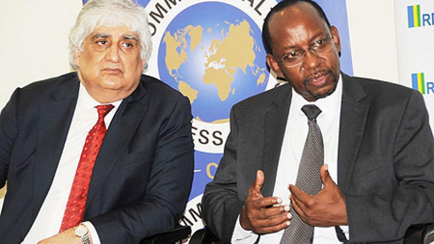 Director General Commonwealth Business Council  Mohan Koul (L) and RDB's  John Gara at a press conference on  Monday  (Photo / J Mbanda)