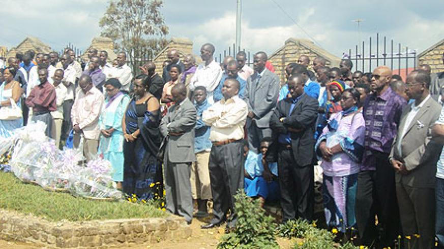 RDB officials  join various leaders and residents to pay tribute to Ruhango Genocide victims. (Photo: D. Sabiiti)