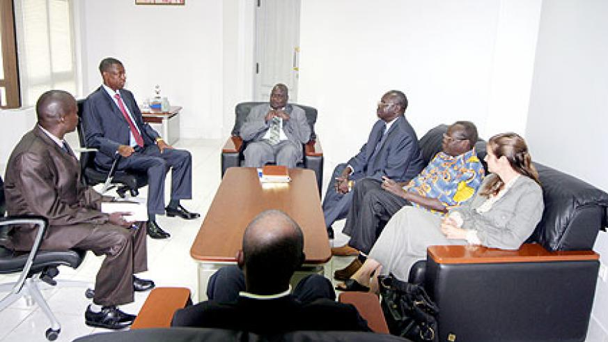 Gen. James Kabarebe (second left) during his meeting with a delegation from South Sudan (Courtesy photo)