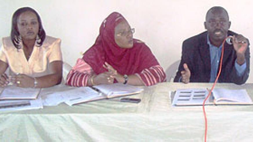 From R-L: Luice Mukarumashana, Fatu Harerimana and Bugesera Mayor Louis Rwagaju during the meeting. (Photo: S. Rwembeho)