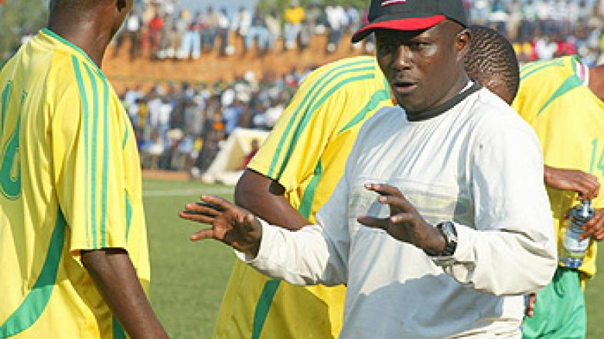 BACK IN THE DAYS; Ntagwabira passes on a few tips to his Atraco players. The SC Kiyovu coach is expected to sign five former Atraco players this week. (File photo)