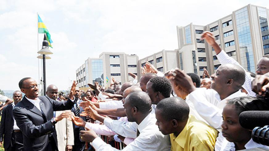 President Kagame with supporters after officially handing in his nomination papers at the Electoral Commission yesterday (Photo Urugwiro Village)