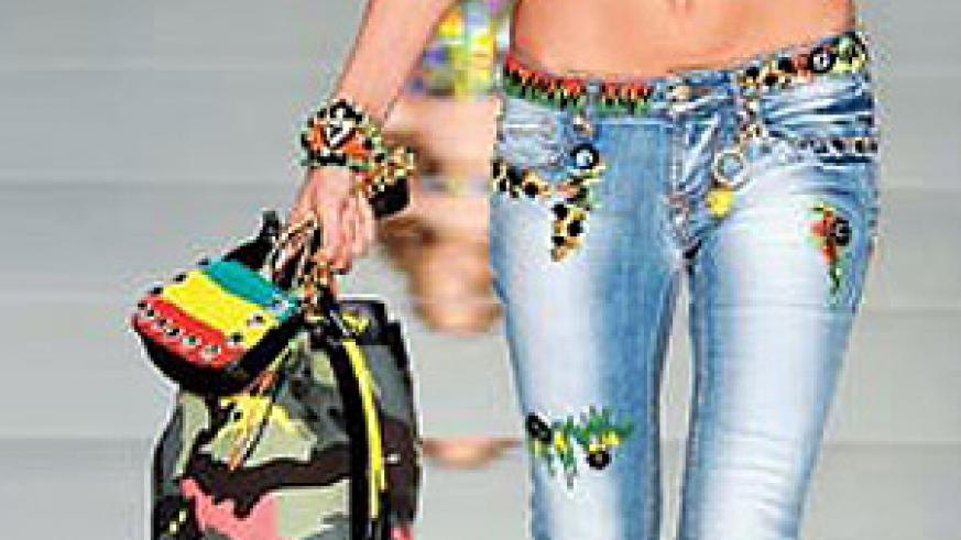 Stir it up with rastafarian colours this season. The bright combination of colours leaves a lasting impression.
