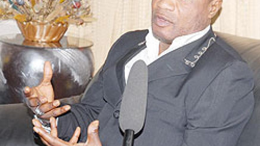 Koffi Olomide gives an interview at the Airport. (Photo F Goodman)