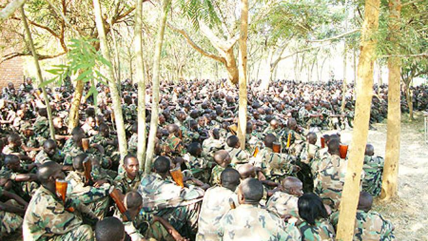 RDF soldiers listening to election officials (Photo: S. Rwembeho)