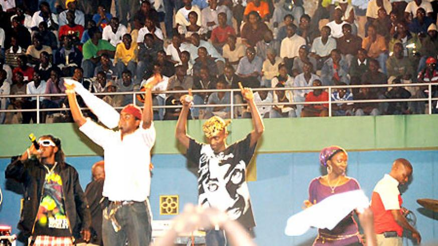 Local artists thrilled thousands who had gathered at Amahoro stadium for the election results.