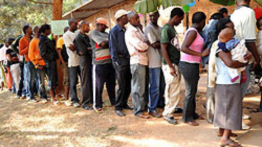 Residents queue for voting.(File photo)
