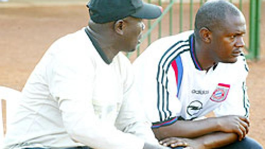 HAPPIER TIMES: Ruremesha (R) was Jean Marie Ntagwabirwa (L)'s assistant at Atraco. The  pair will clash this afternoon in the Primus Cup final. (File photo)