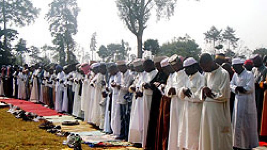 Muslims attending Idd prayers at Huye stadium (Photo: P. Ntambara)
