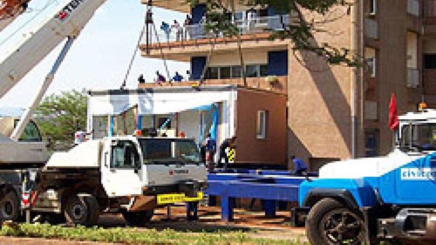 The Modular building being installed at the hospital (Courtesy hoto)