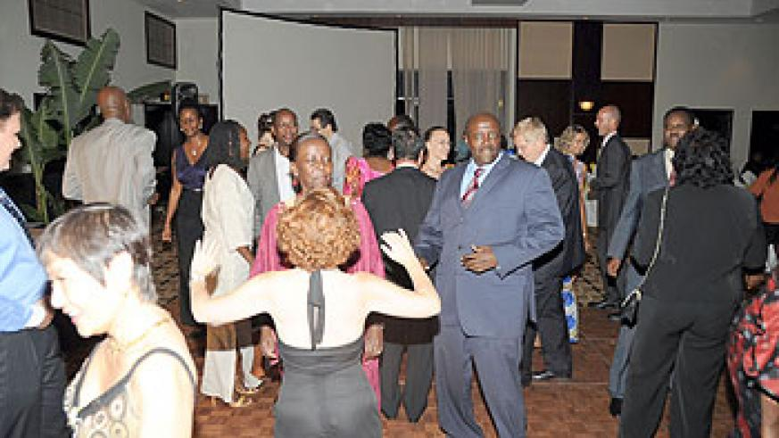 Guests take the dance floor.