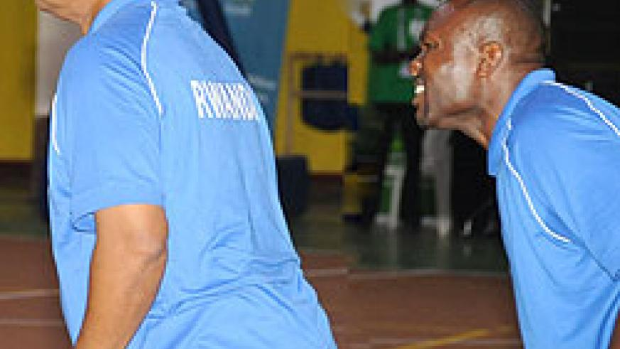 Rwanda's head coach Paris Nelson and his assistant Cliff Owour were short of ideas. (Photo T. Kisambira)