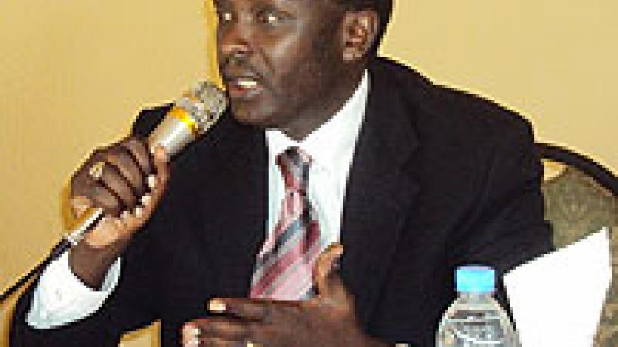 Prosecutor General Martin Ngoga, addressing prosecutors in Musanze (Photo; B. Mukombozi)