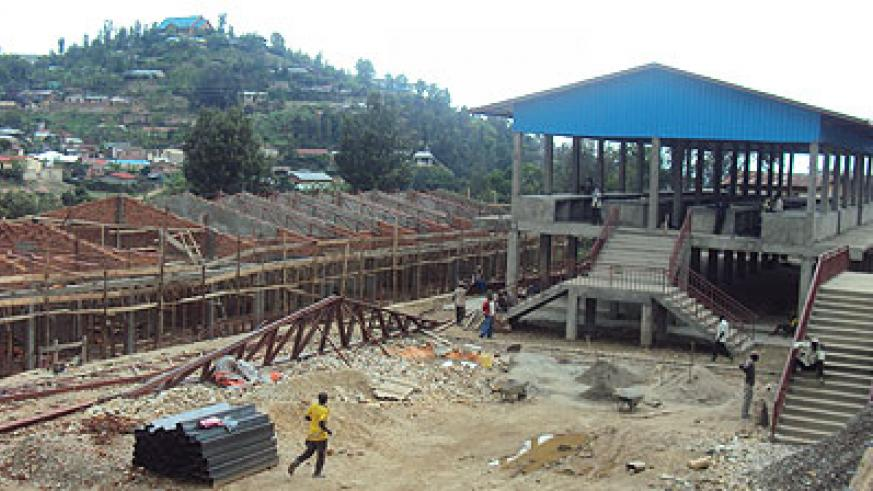The new market under construction in Karongi town is set to boost cross border trade with the DRC(Photo: S. Nkurunziza)