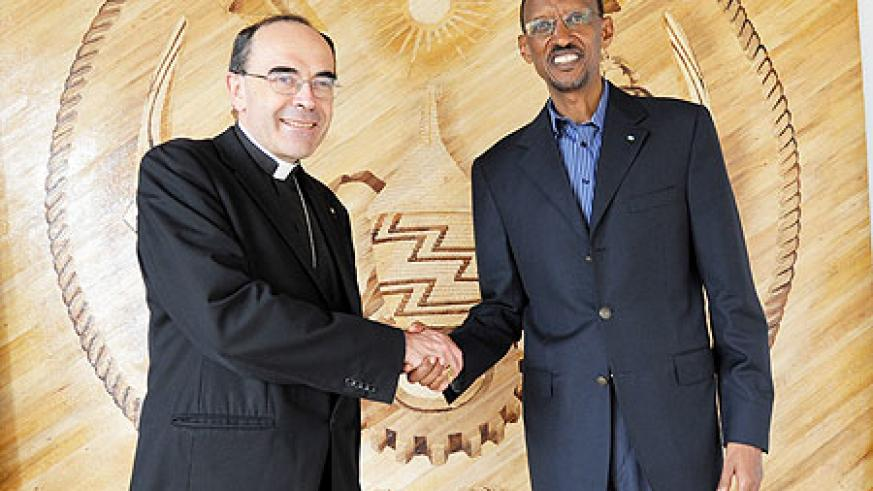 President Kagame receiving Cardinal Philippe Barbarin yesterday (Urugwiro photo).