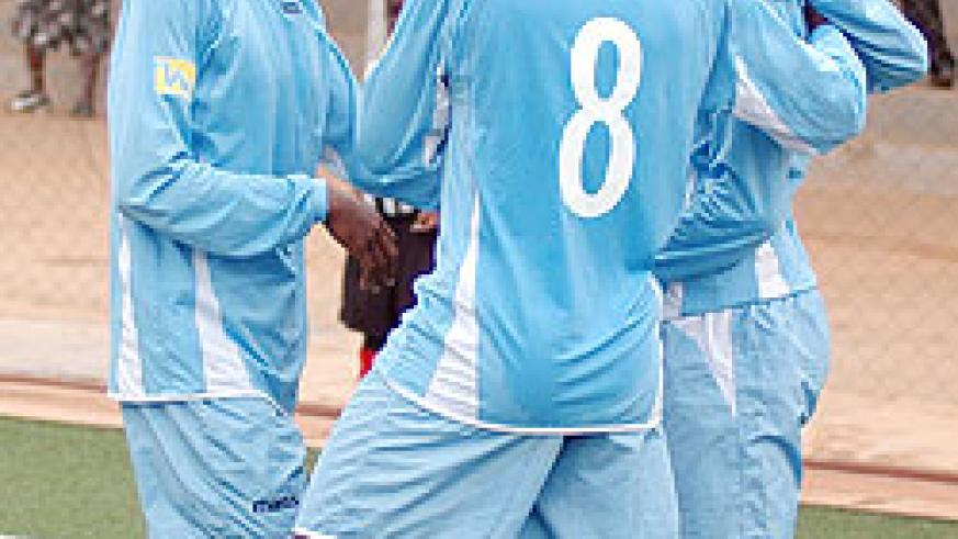 Rayon players are chasing for a third straight win this afternoon. (File Photo)