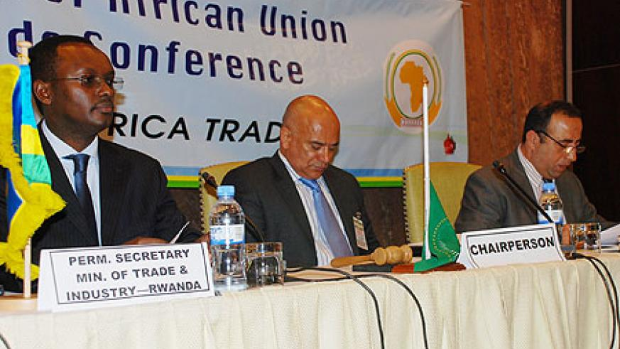 Trade ministry PS Emmanuel Hategeka, Hassan Hussein and Xavier Carim during the meeting yesterday (Courtesy photo)