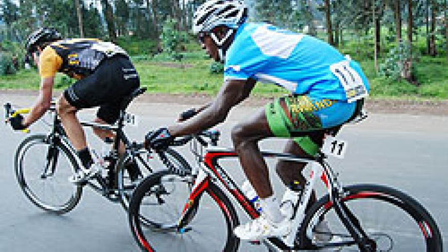 Niyonshuti in action during yesterday's stage 6. The rider needs two good displays to stand a chance of winning the tour. (Photo. E. Niyonshuti)