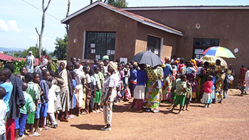 Many residents turned up for the mother and child health week at Gacurabwenge (Photo; A.Gahene)