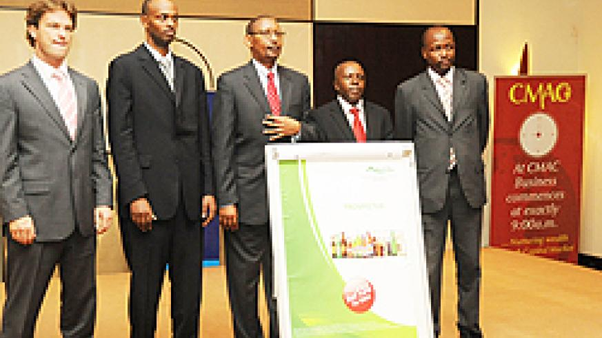 Officials unveiling the Bralirwa IPO (Photo by T.Kisambira)