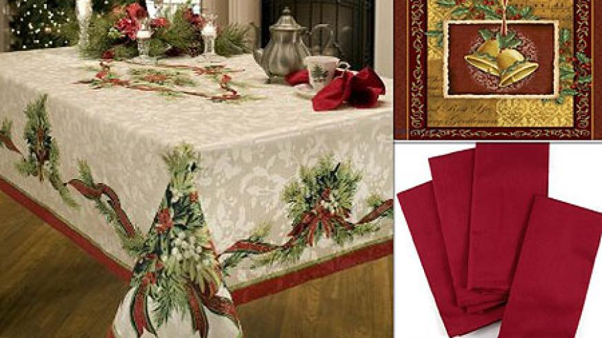 l r christmas decorated table cloth christmas placemat red table napkins for christmas - Christmas Placemats And Napkins