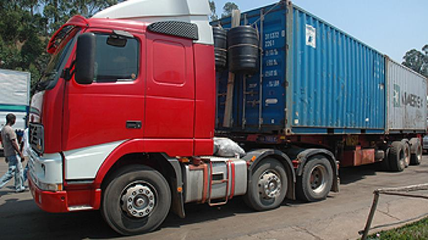One of the trucks that transport goods to and from the Mombasa Port. Transporters have complained of robbery along the route  (File Photo)