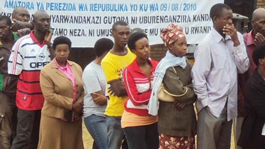 Muhanga residents participate in past elections (File Photo)