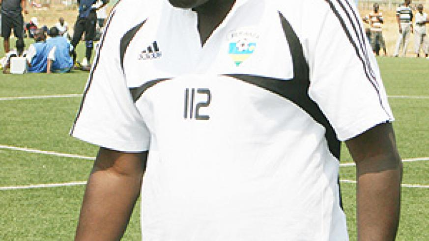 Amavubi head coach Sellas Tetteh is frustrated with the turn up for Amavubi's training sessions. (File Photo)