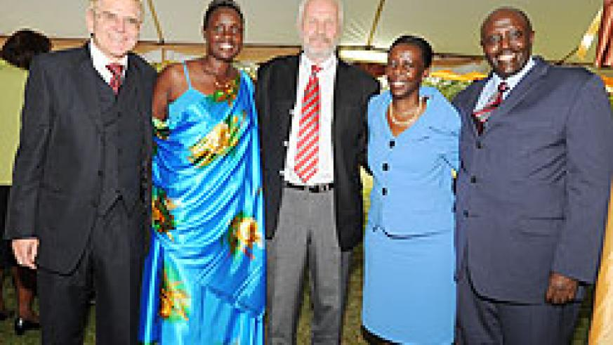 (L-R) Ambassador Elmar Timpe of Germany, Mrs Sundvoll, Mr Steinar Sundvoll, Honorary Consul of Norway, Louise Mushikiwabo, Minister of Foreign Affairs, and Richard Kabonero, the High Commissioner of Uganda and Dean of the Diplomatic Corps, at the Luncheon
