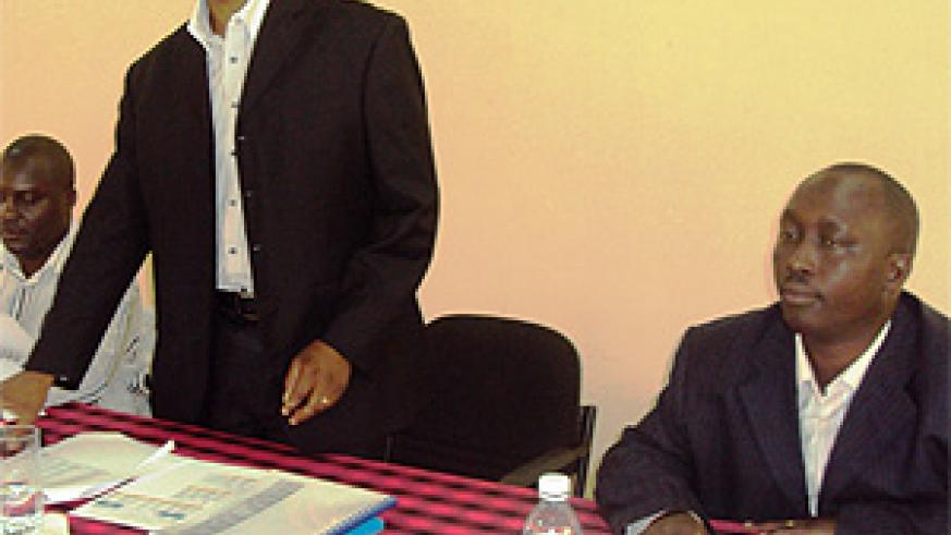 Yusuf Mugiraneza (C) Executive Secretary Eastern province, flanked by RADA officials during the meeting. (Photo S. Rwembeho)