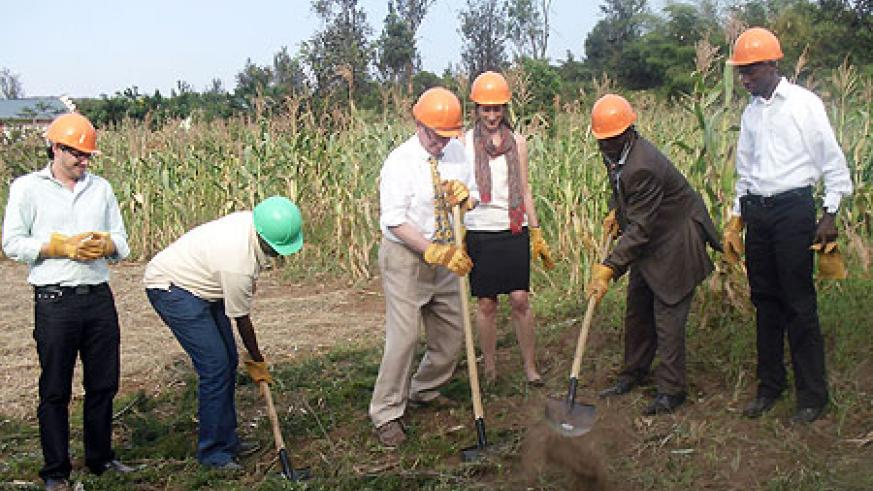 Library Ground Breaking in Rwinkwavu (Photo / K.Uher)
