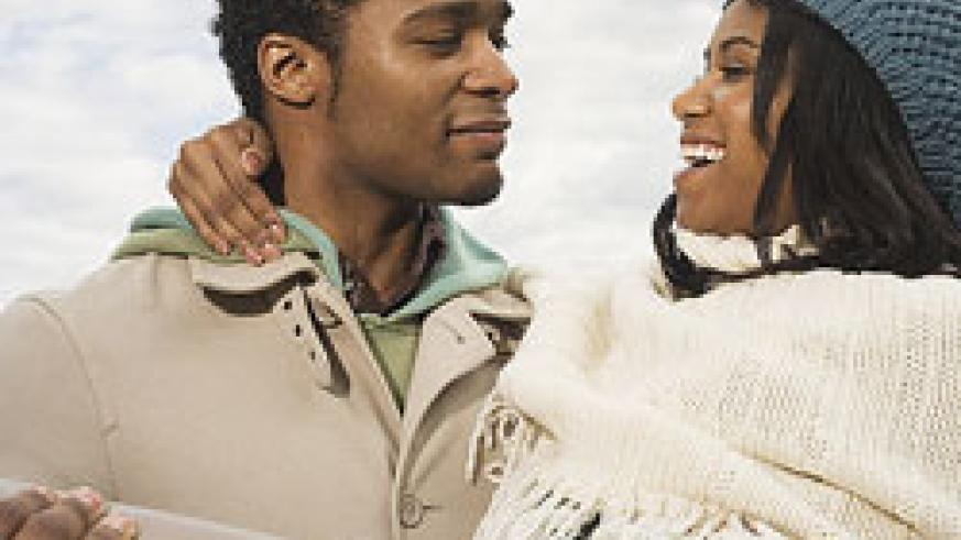 Dating people within your age range has less qualms. (Net Photo)