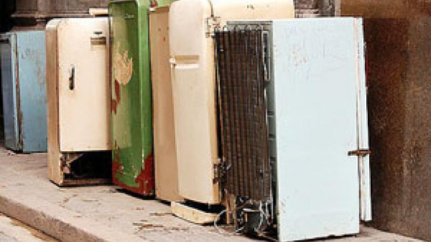 Old refrigerators consume more power